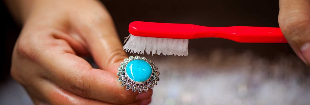 How to clean Marcasite